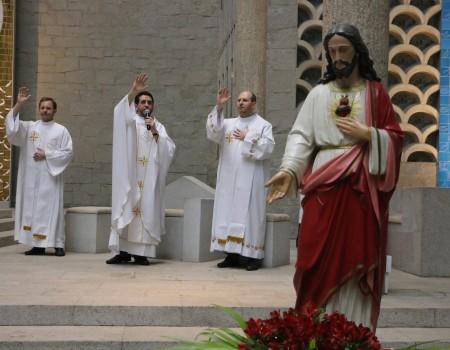 Missa comemora 115 anos da presença Dehoniana em Brusque