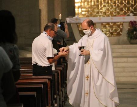 Paróquia reduz capacidade de público nas celebrações