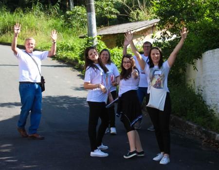 Missões Populares levam Palavra de Deus ao bairro Primeiro de Maio