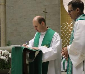 Posse do novo pároco, padre Diomar