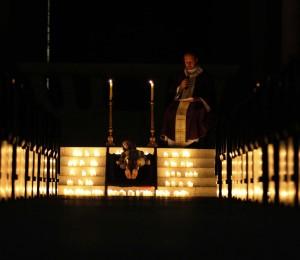 Paróquia realiza um momento de oração em memória às vítimas da Covid-19