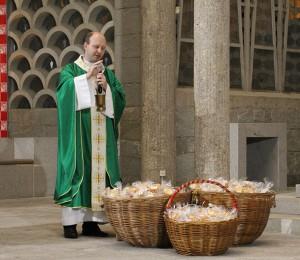 Missa de Ação de Graças celebra aniversário de 86 anos da ACIBr e Dia Mundial do Pão